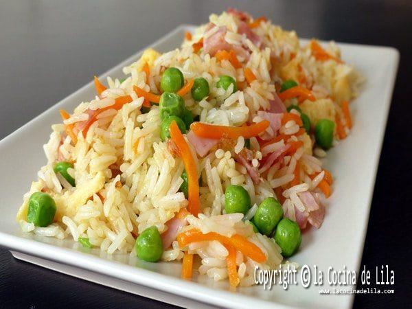 Arroz chino o arroz tres delicias
