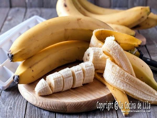 Cómo madurar plátanos rápido
